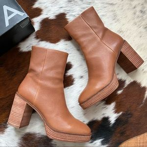 AQUA Nessa Brown Leather Chunky 70's Boots 9.5